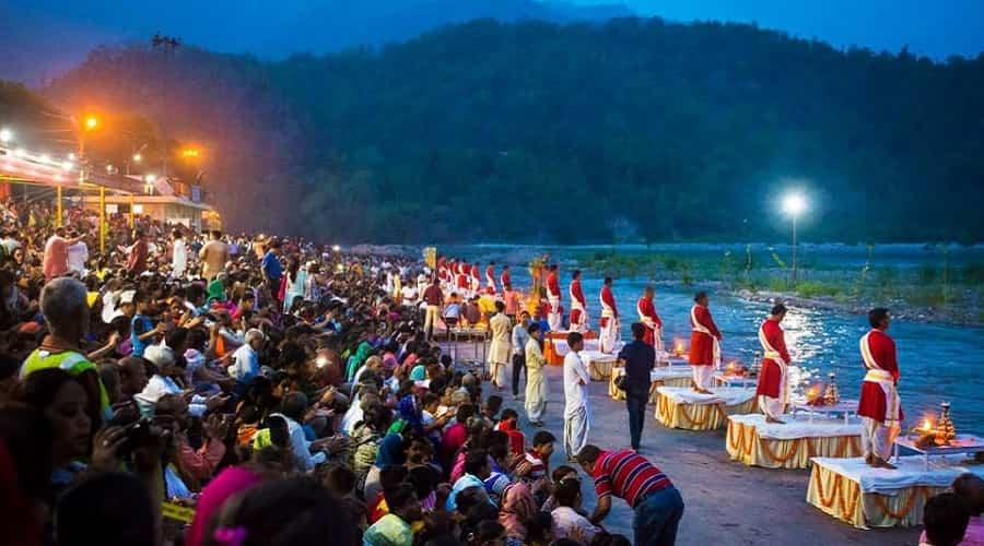 Ganga Arati at Triveni Ghat, Rishikesh