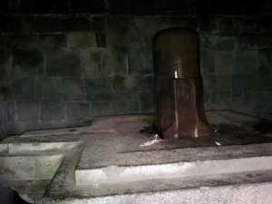 kedarnath temple inside shivling
