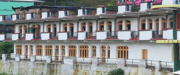 Hotel Aditya Palace, Barkot