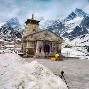 Kedarnath Complex is Free from Snow and now all Set to Open the Kapat on 9th of May